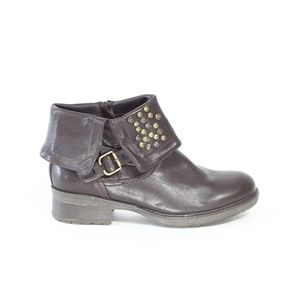 BareTraps Brown Boots Women Booties faux leather